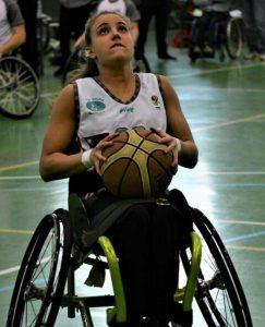 Lourdes Ortega, jugando con su club, el AMIAB Albacete./ Cedida