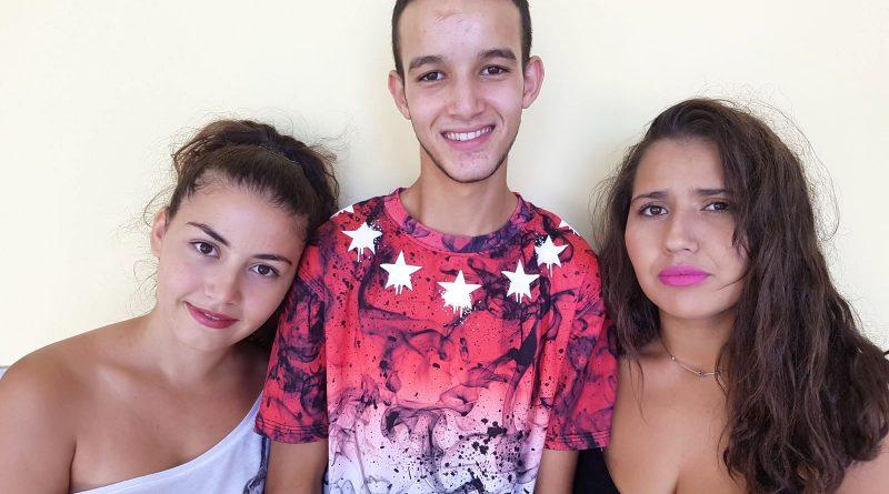 De izquierda a derecha: Dunia,Soufian y Souad./ Cedida
