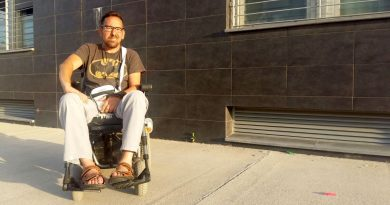 Manuel Fernández padece una enfermedad degenerativa y pide ayuda y la revisión de su ayuda a la dependencia./ @MLPARRAGARCIA