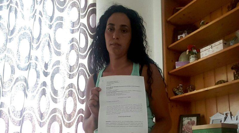 Isabel María García, en su vivienda de alquiler./ Cedida