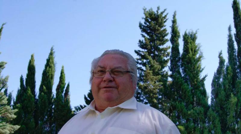 Francisco Javier Pérez-Luna, conocido por el personal del Hospital de Jerez como 'El Inmortal'./ @ @MLPARRAGARCIA