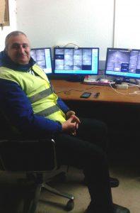 Joaquin García, presidente de la Asociación Víctimas del Paro, en una imagen retrospectiva cuando trabajaba como vigilante de seguridad./ Cedida