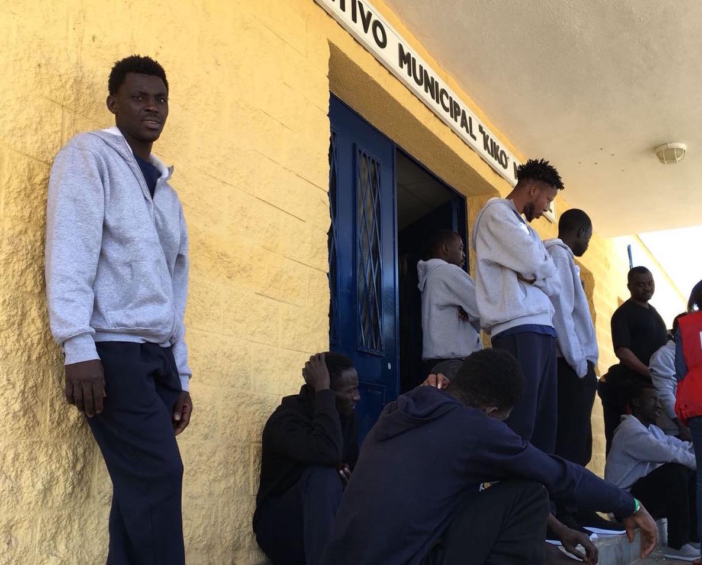 Refugiados en el polideportivo jerezano 'Kiko Narváez'/. Miguel Á. Ramirez